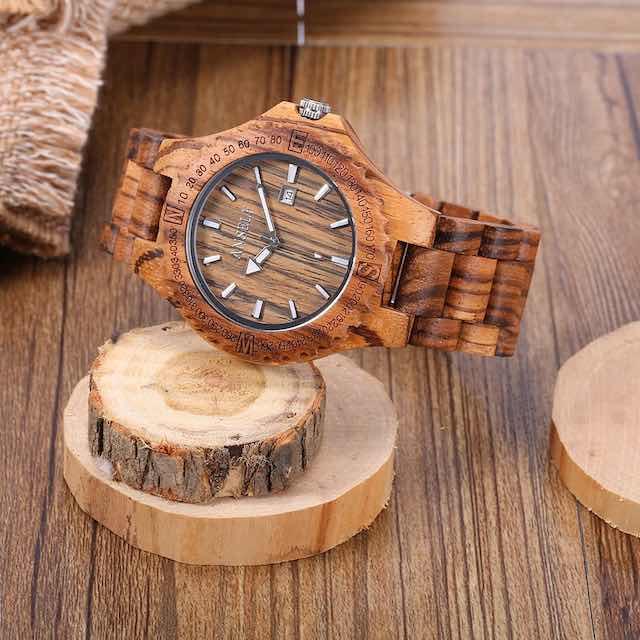 Солнцезащитные очки и часы из дерева